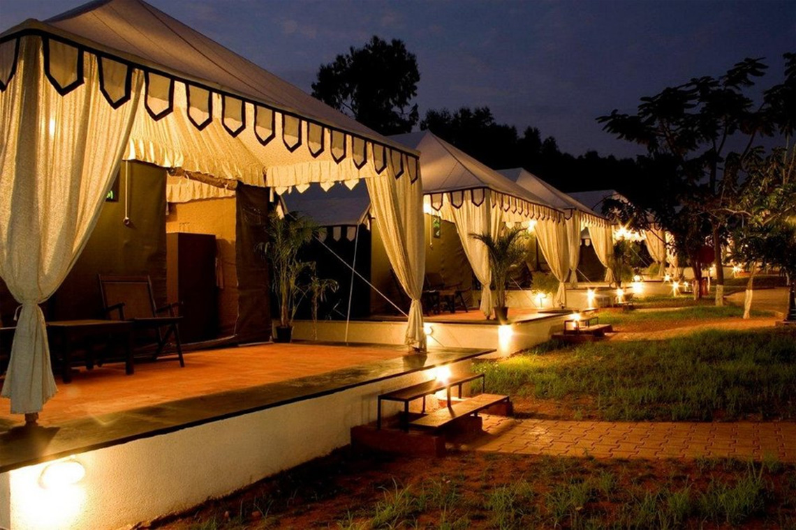 Caravan-Tents-for-accommodation-Olde-Bangalore-Resort- Booking